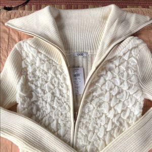 Beautiful cream zip up Cache sweater